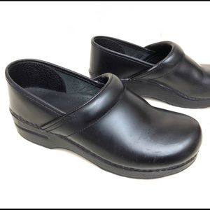 Dansko Leather Black Clogs Size 39